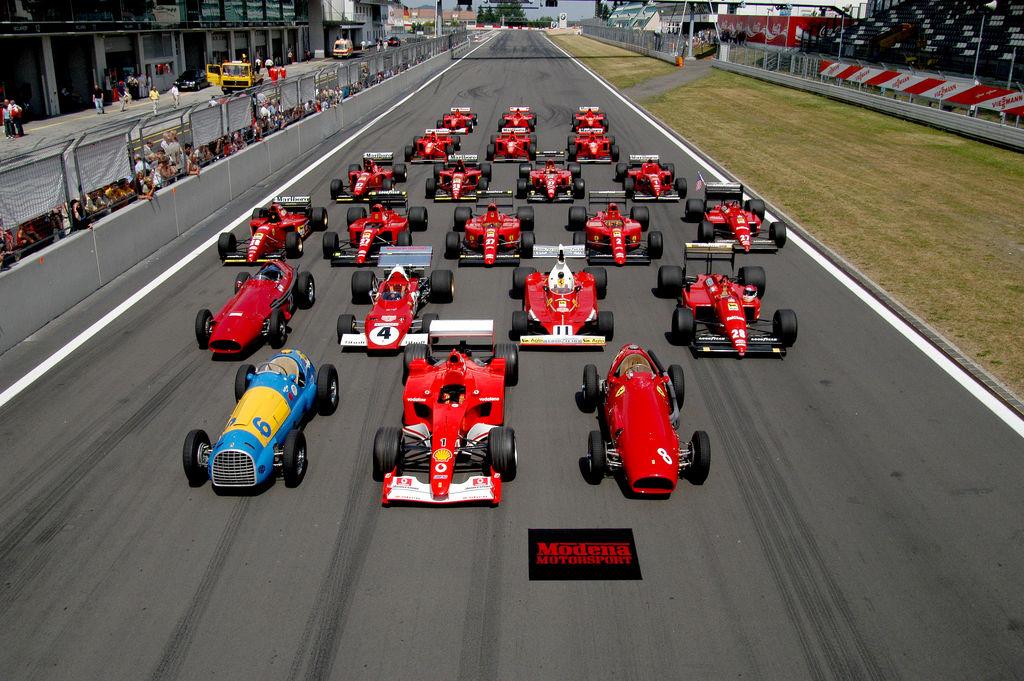 Ferrari scoate monoposturi la vânzare