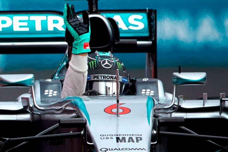 F1 2015 Mexic: Nico Rosberg câștigă în Mexic!
